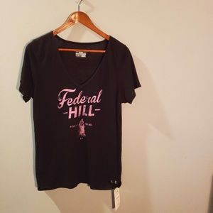 Under Armour NWT Federal Hill Tee
